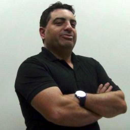 Professor Everton Goveia
